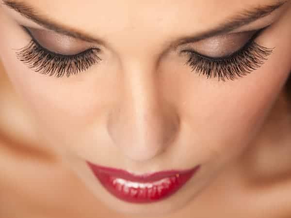 false lashes top 1